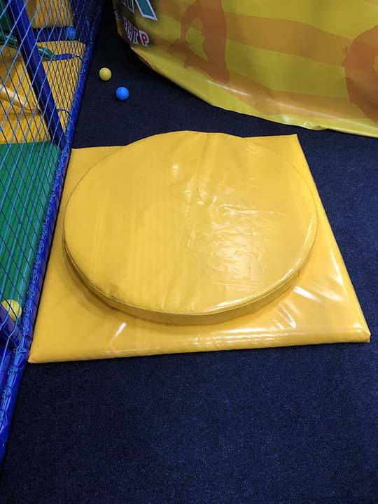 Детский вращающийся диск